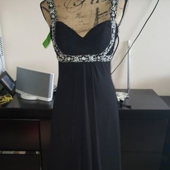 Prom Bay Dresses & Skirts - Black Prom Gown